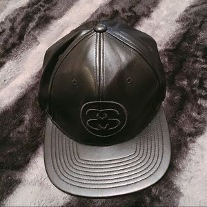 Stussy Accessories - 100% Leather Stussy SnapBack f63c1788a83